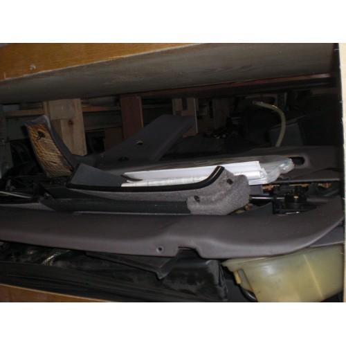 Porsche 968 Ölfilterkonsole
